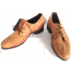 Woven straw shoe